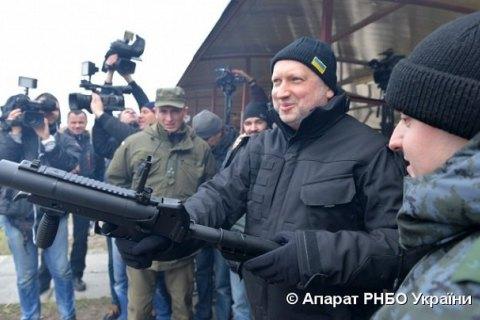 Турчинов потребовал от конструкторов оружие, превосходящее российские образцы