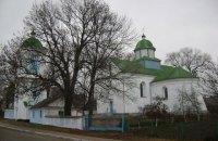 В Шумске священник УПЦ МП проводит богослужения с мирянами, несмотря на карантин