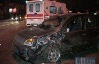 ДТП у Києві: п'яний водій Toyota Land Cruiser протаранив три автомобілі
