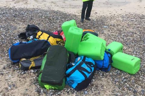 В Великобритании на берег выбросило 360 килограммов кокаина