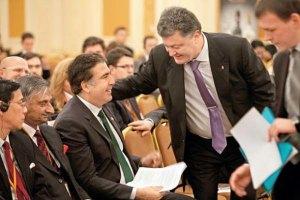 Порошенко пообещал Саакашвили не вмешиваться в кадровую политику