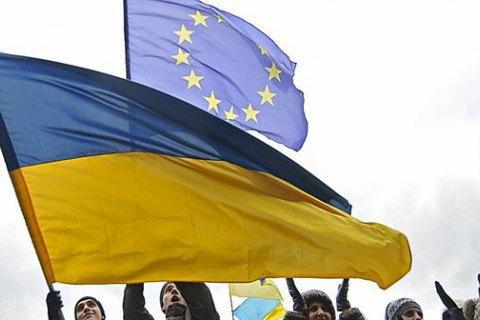 Посол Германии: поездки по безвизу для украинцев не возобновятся еще несколько месяцев
