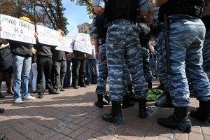Протесты показывают, что украинцы превратились в общество потребителей, - Литвин