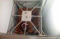 Двое людей пострадали при падении грузового лифта в Кировоградской области