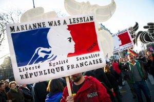 Французский сенат одобрил однополые браки