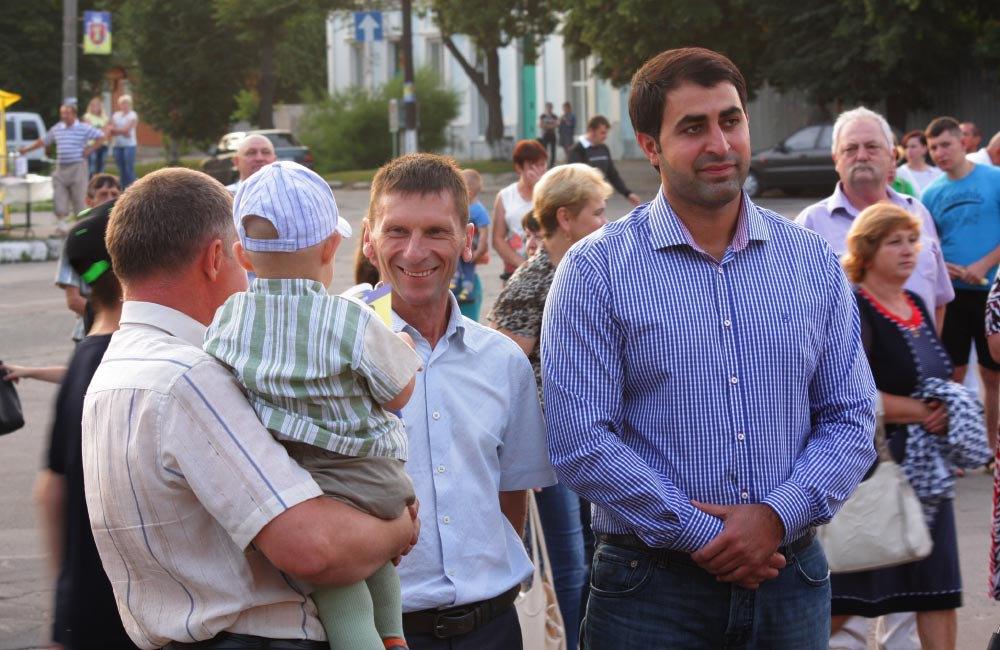 Сергій Мамоян (праворуч)