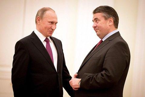 У Бундестазі хочуть пояснень голови МЗС з приводу вечері з Путіним