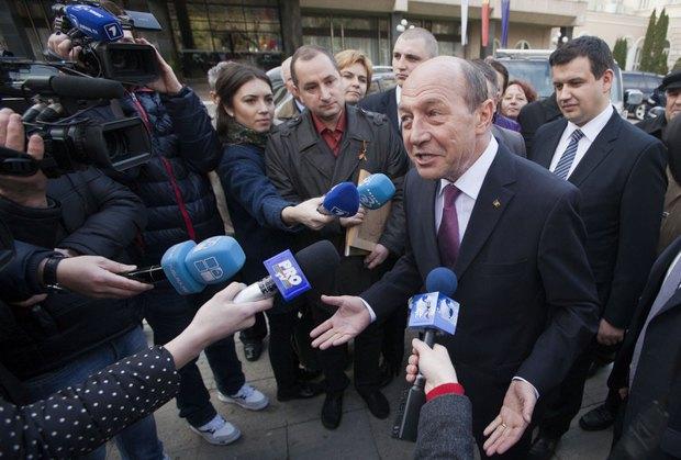 Траян Бэсеску отвечает на вопросы журналистов