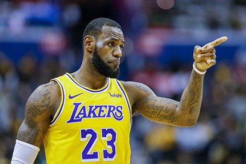 Легенда НБА заявил, что клубами НФЛ владеют белые старики с ментальностью рабовладельцев