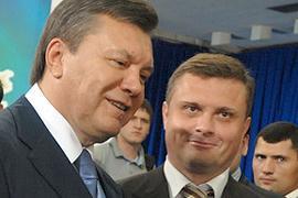 Окружение Януковича уговаривает его на выборы в 2011 году