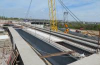 Будівництво мостів у Запоріжжі іде з випередженням графіка, попри несправність плавкрану, - Кубраков
