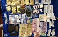 В Луганской области дилеры устроили нарколабораторию, где производили амфетамин