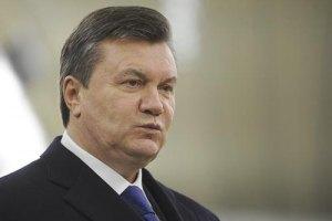 """Янукович: оппозиция пытается """"перешлепать"""" друг друга"""