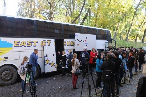 Львівські вчителі вирушають на Луганщину в рамках обміну педагогами між заходом та сходом