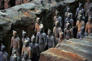 Археологи нашли 110 терракотовых воинов