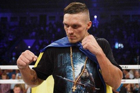 Усик защитил титул чемпиона мира по боксу
