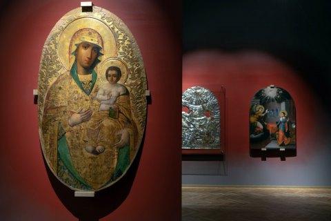 """Виставка """"Явлення"""" в НХМУ: чи можуть ікони бути політичними?"""