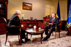 Янукович обещает россиянам ратификацию ЗСТ с СНГ