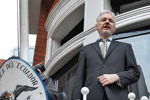 Швеція зняла звинувачення з Ассанжа і скасувала ордер на його арешт (оновлено)