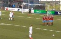 Футболист в чемпионате страны забил 4 гола за 14 минут