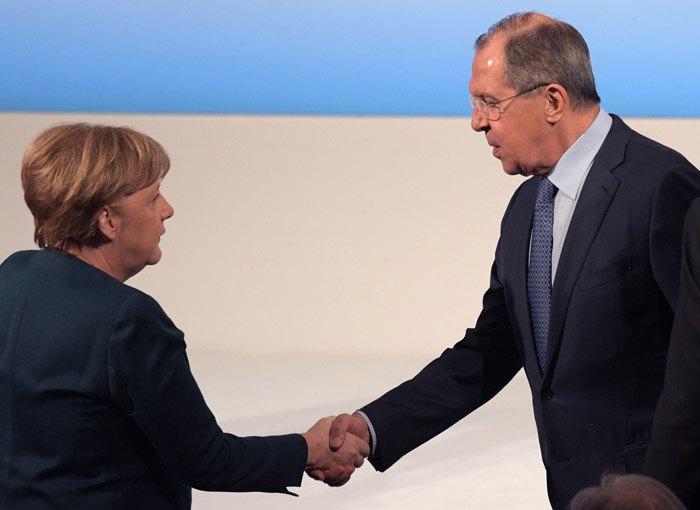 Канцлер Германии Ангела Меркель и Министр иностранных дел России Сергей Лавров