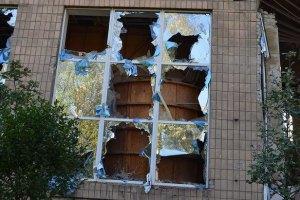 Донецьк і Луганськ продовжують руйнувати артобстрілами
