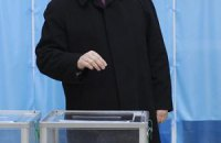 Янукович голосуватиме в 217 окрузі на Оболоні