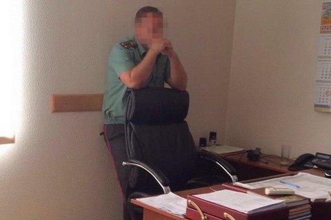 Начальника колонії у Київській області спіймали на хабарі 400 тис. гривень
