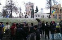 """Противники власти разбивают палаточный городок возле """"антимайдана"""""""