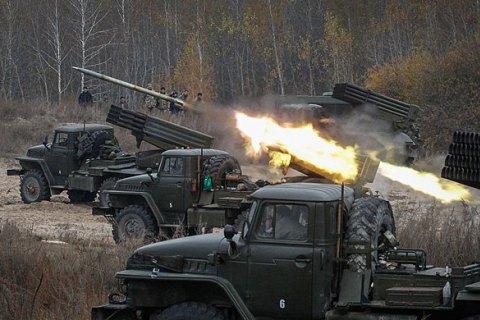 Штаб АТО: Боевики изГрадов обстреляли позиции украинских военных