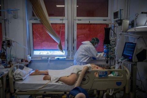 За сутки в Украине обнаружили 1 603 новых случая ковида, выздоровели 5 583 человека
