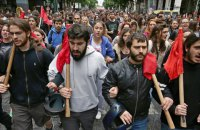 В Афинах протестуют против ограничения права на забастовки