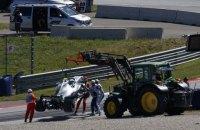 """У Формулі-1 пілоти """"Мерседес"""" і """"Ред Булл"""" потрапили в моторошні аварії на вільній практиці Гран-прі Австрії"""
