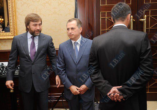 Вадим Новинский - слева