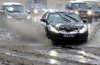 ГАИ просит водителей учитывать плохую погоду в Киеве