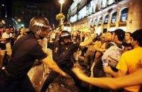 Испанская молодежь устроила беспорядки из-за музыкального фестиваля