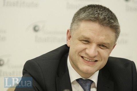 Шимкив задекларировал три квартиры, автомобиль и акции в Microsoft Corporation
