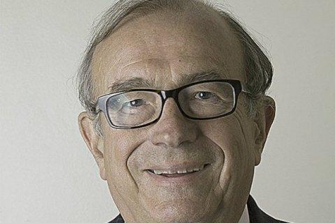 Колишній віце-спікер Палати лордів перепросив за історію з наркотиками і повіями