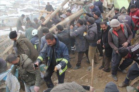 Путин выразил Эрдогану соболезнования в связи с жертвами землетрясения в Турции
