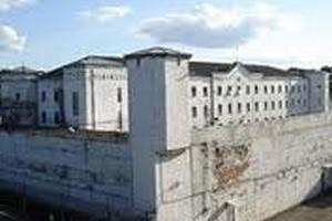 В Латвии заключенные тюрьмы бъявили голодовку
