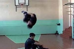 На уроках физкультуры в берлинской школе изучают паркур