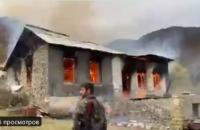 Нагорный Карабах: армяне покидают территорию и сжигают свои дома
