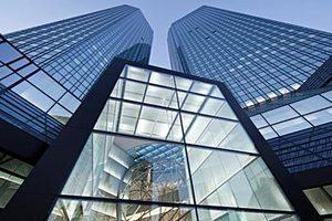 Deutsche Bank отказал семье немецкого медиамагната в компенсации