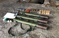 У підвалі житлового будинку в Чермалику виявили схрон з боєприпасами