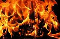 В Киеве во время ликвидации пожара в многоэтажке погиб пожарный