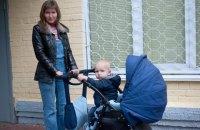 Суд зобов'язав Київраду облаштувати майданчики для дитячих колясок біля амбулаторій