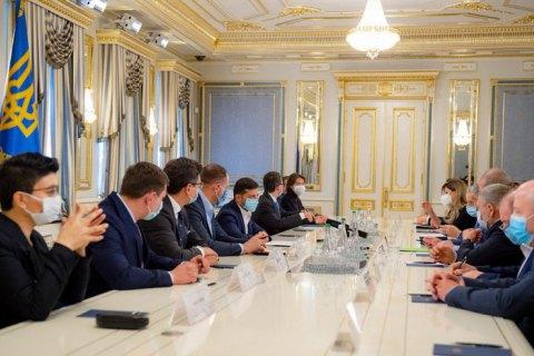 В Офисе президента создадут рабочую группу для решения проблем крымских татар