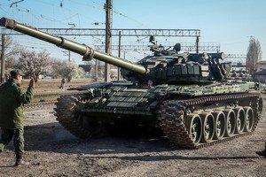 У бойовиків у Сніжному з'явилися танки