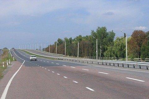 Украина направит $560 млн на ремонт трассы Полтава - Харьков