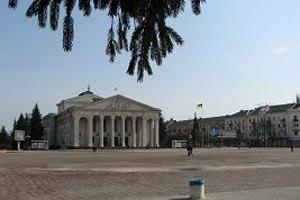 Суд разрешил митинговать в Чернигове